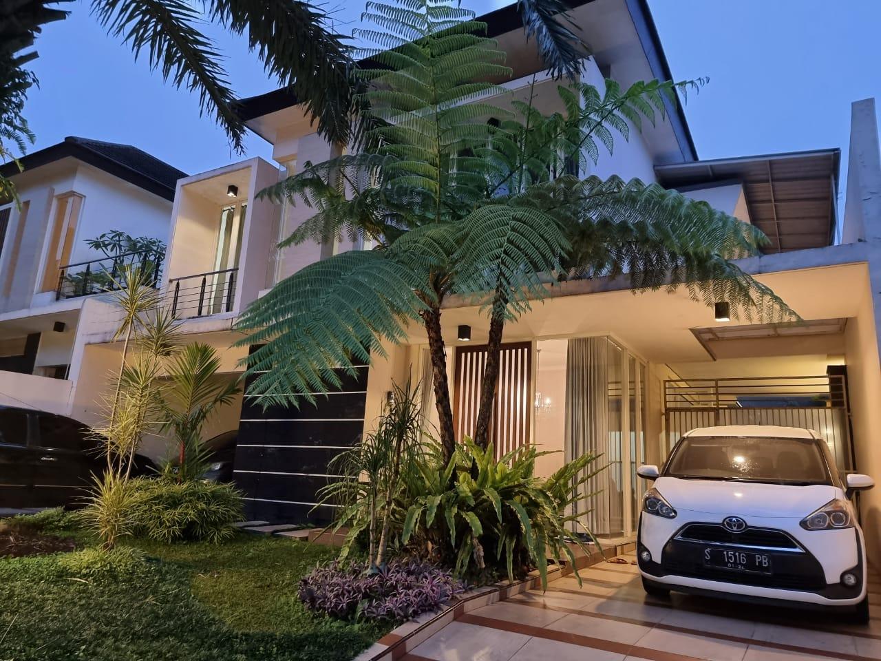 (Terbaik) 12 Villa di Batu Malang Dengan Kolam Renang 14
