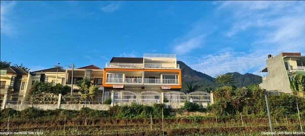 Villa Batu Malang dengan View Bagus 5