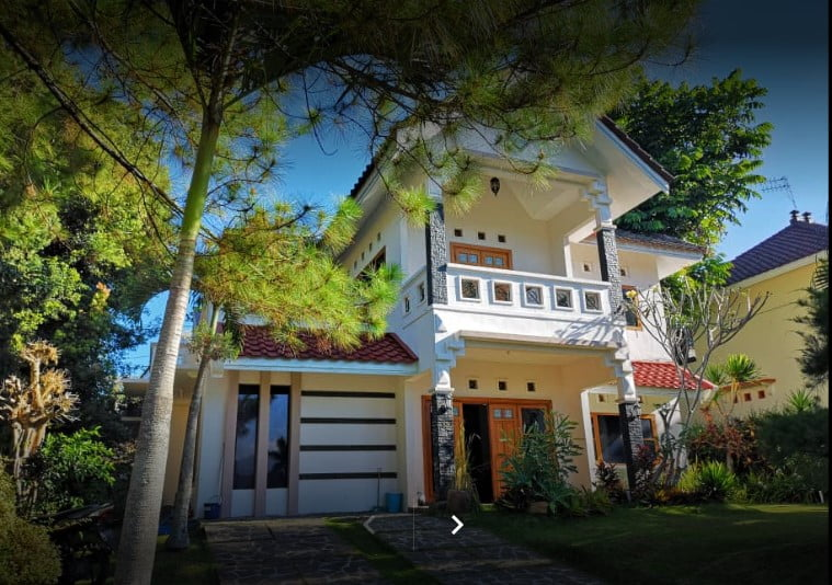 Villa Batu Malang dengan View Bagus 13